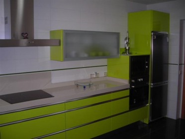 Cocinas for Cocina verde pistacho